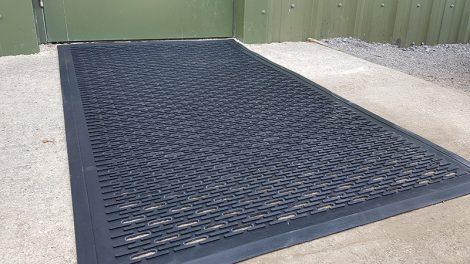 Clean-Scrape Rubber Entrance Mat In Use