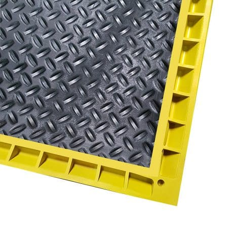 Back Corner of Foot Bath Mat with Yellow Edge