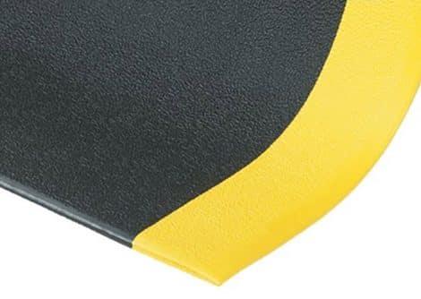 Yellow Edge Corner Detail